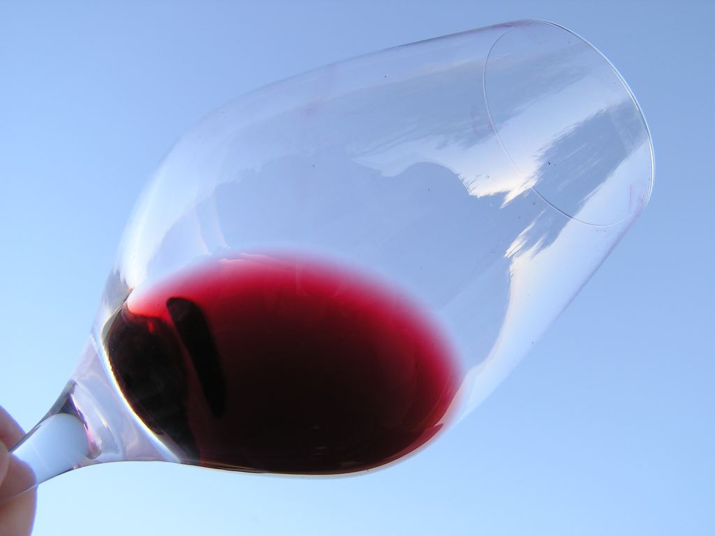 Wino, kiedy i do czego je spożywać?